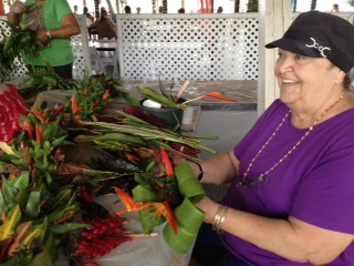 Michele Kamakea Kalili of Ko'olauloa Hawaiian Civic Club is from a family of professional lei makers that go way back. Her father Gus Kalili made and sold lei out of his woodie along Lagoon Drive on the way to the old Honolulu International Airport back when.